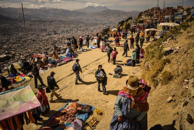 Street vendors in El Alto, Bolivia.